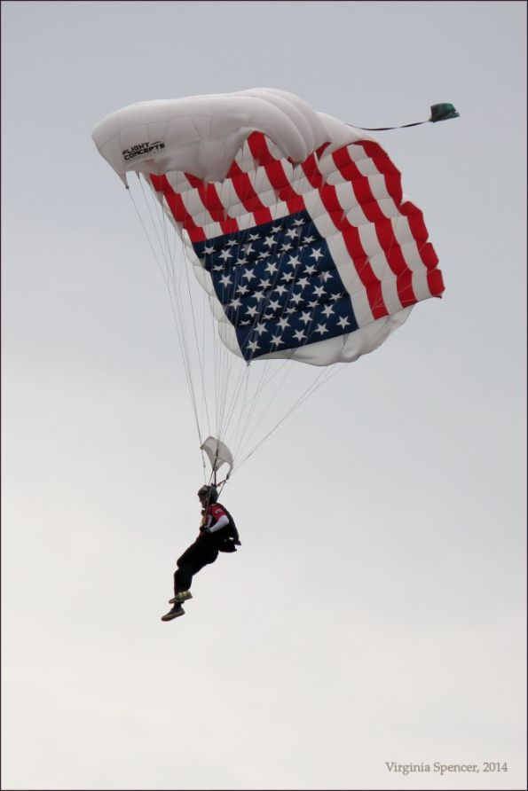 parachuter-flag-airshow-Quad Cities