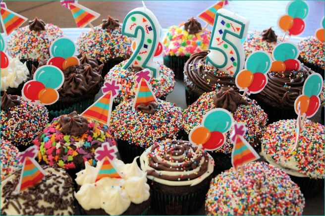 sign_cupcakes_birthday